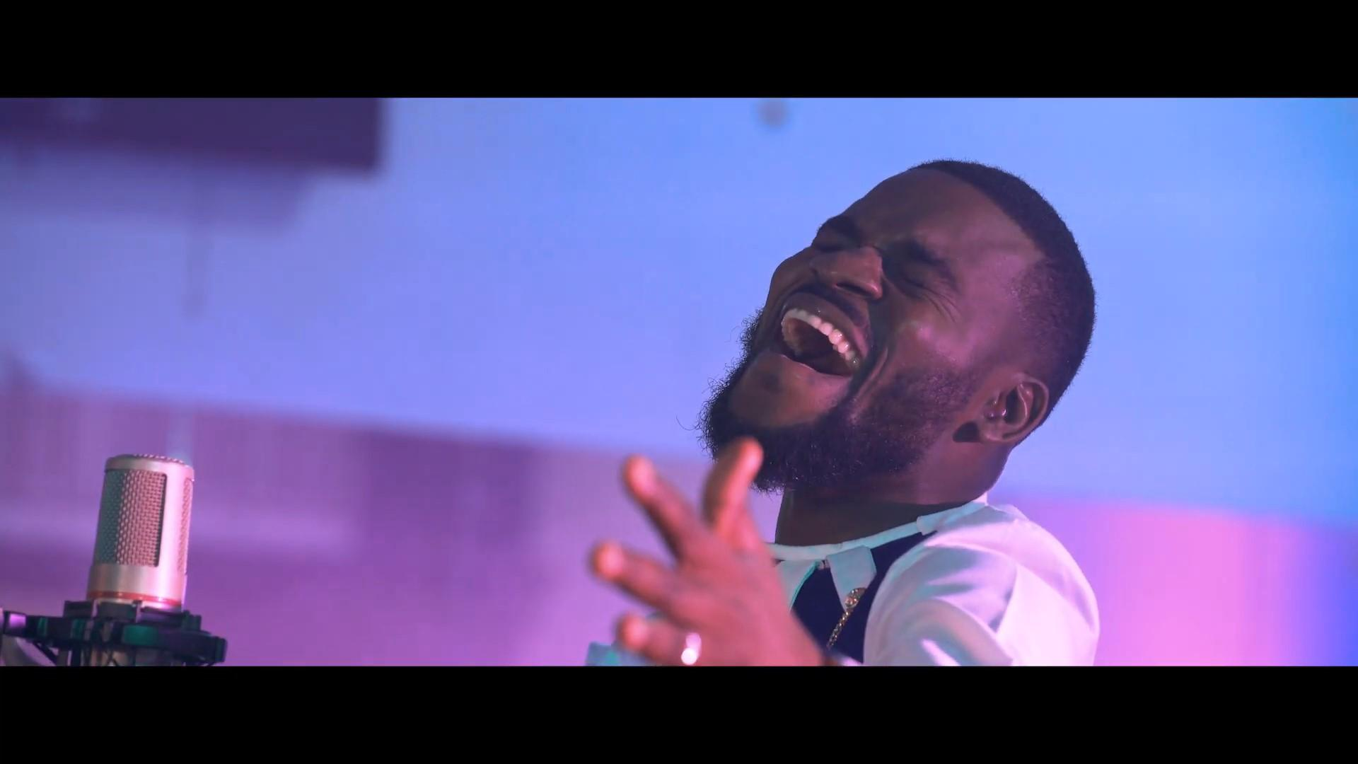 Francis ngonga libonza clip officiel mp4 snapshot 04 35 323